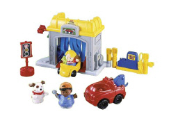 Little People Discovering Vehicles At The Garage 77604
